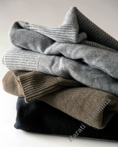 NATURAL COLURS SWEATERS